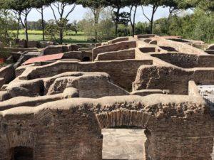 discover Ostia antica
